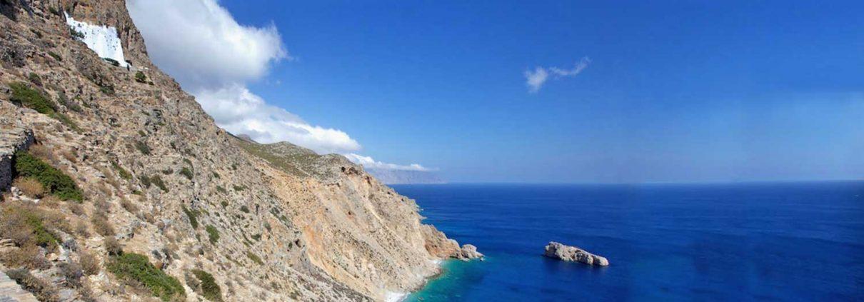 The-Monastery-of-Hozoviotissa-Amorgos